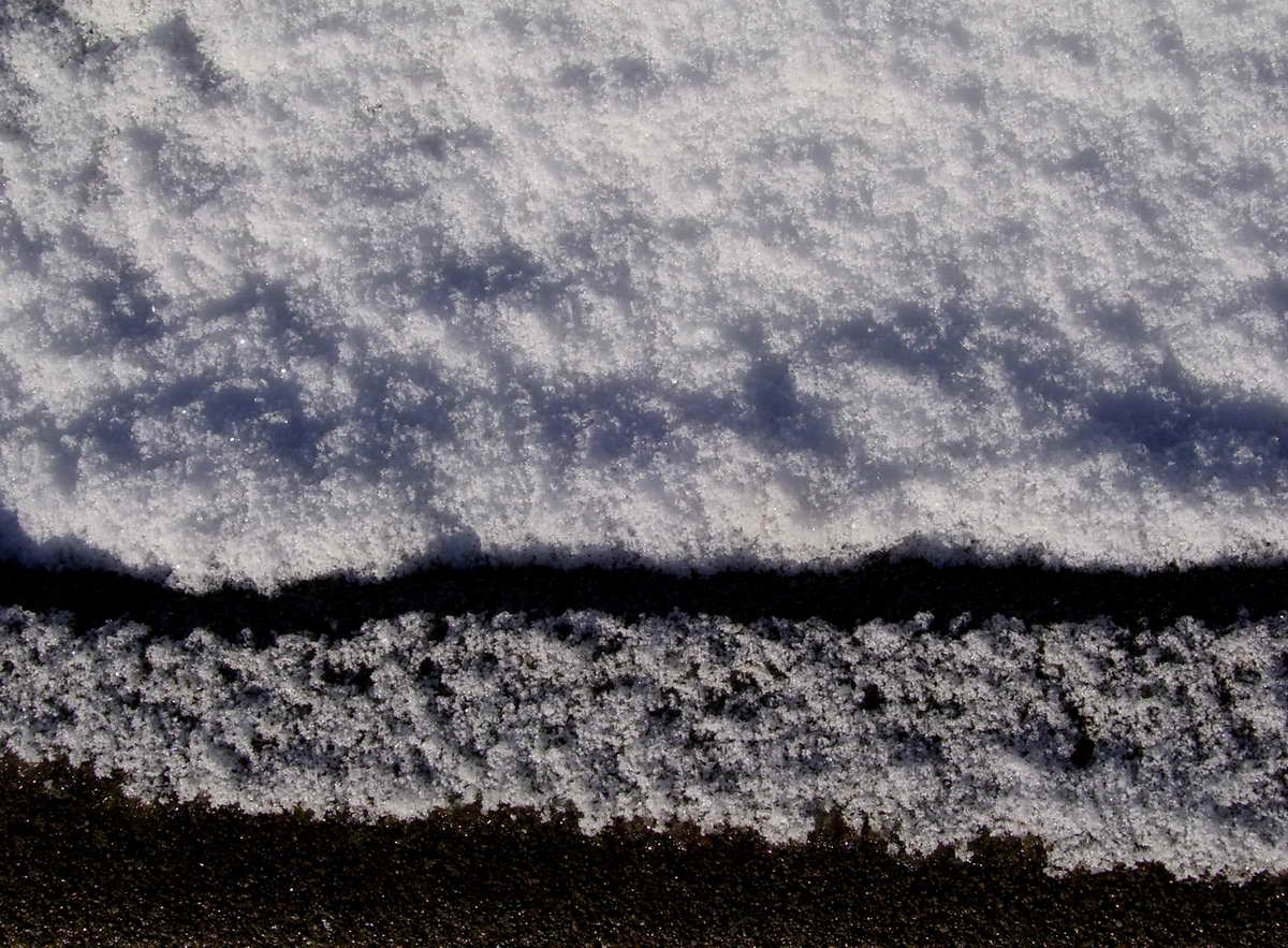 Edge of Snow