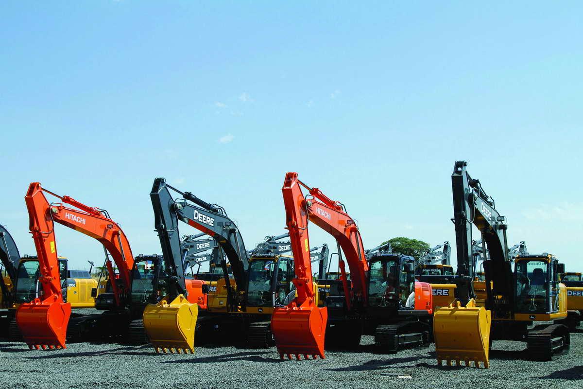 hitachi_excavators_large