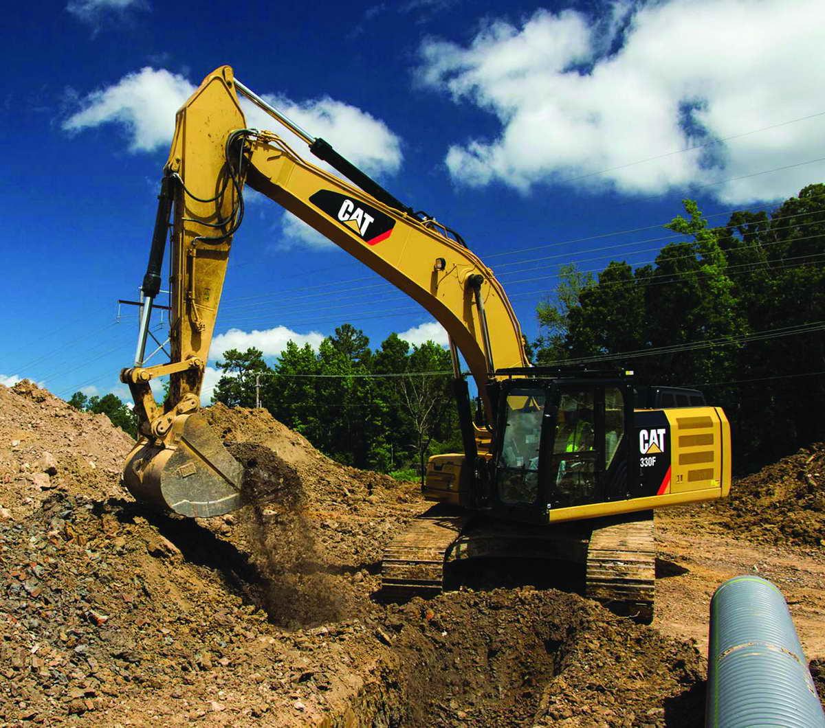 Large Specalog for 330F Hydraulic Excavator, AEHQ7632-00, EU, Tu