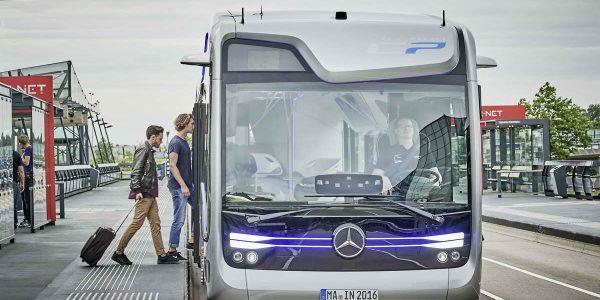 2016-mercedes-benz-future-bus-15