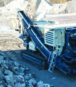 Lokotrack-LT1213S-mobile-crushing-screening-plant-01