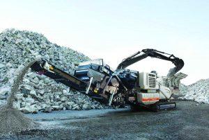 lokotrack-lt1213s-mobile-crushing-screening-plant-limestone-cement