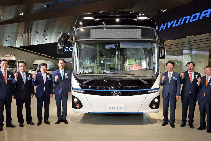 Hyundai-Elec-City-electric-bus-lightbox-5f37c93a-1074979[1]