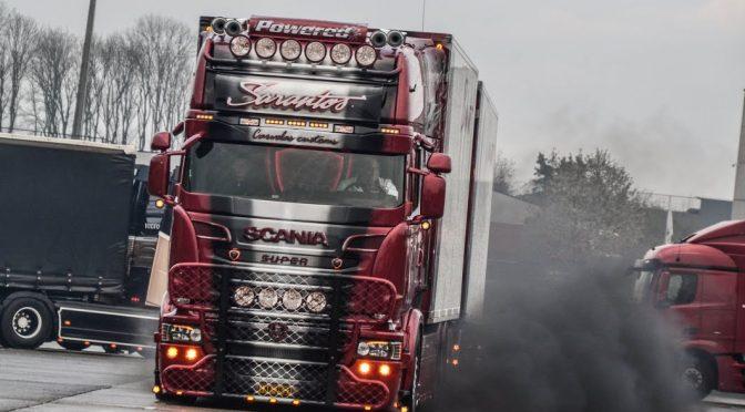 Sarantos Scania R999+ V8
