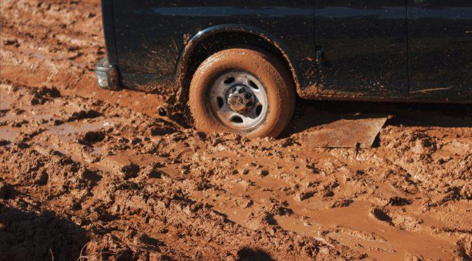 На асфалт само со чисти тркала – казната е 50 евра